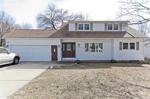 3211 1st Avenue SW, Cedar Rapids, IA 52405 (MLS #1806681) :: The Graf Home Selling Team