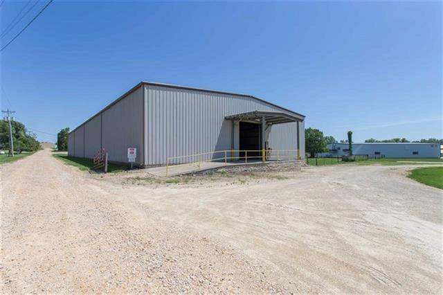 411 Old Dubuque Road, Anamosa, IA 52205 (MLS #1902515) :: The Graf Home Selling Team