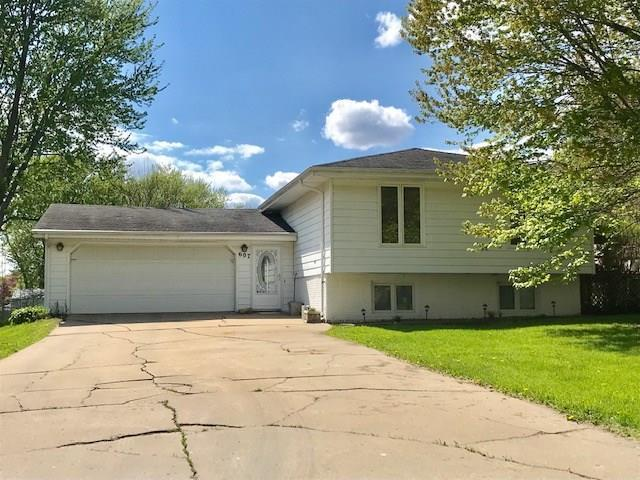 607 Sunrise Court, Center Point, IA 52213 (MLS #1903528) :: The Graf Home Selling Team