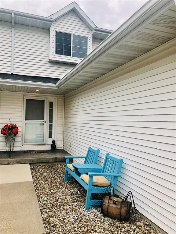 2685 6th Street, Marion, IA 52302 (MLS #1904689) :: The Graf Home Selling Team