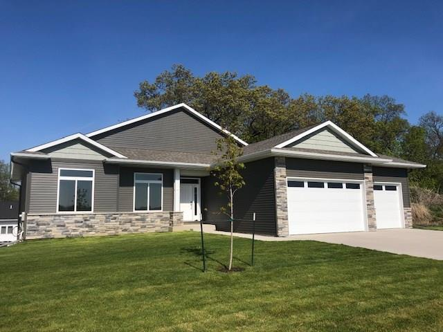 527 Deer View Avenue, Tiffin, IA 52340 (MLS #1904835) :: The Graf Home Selling Team