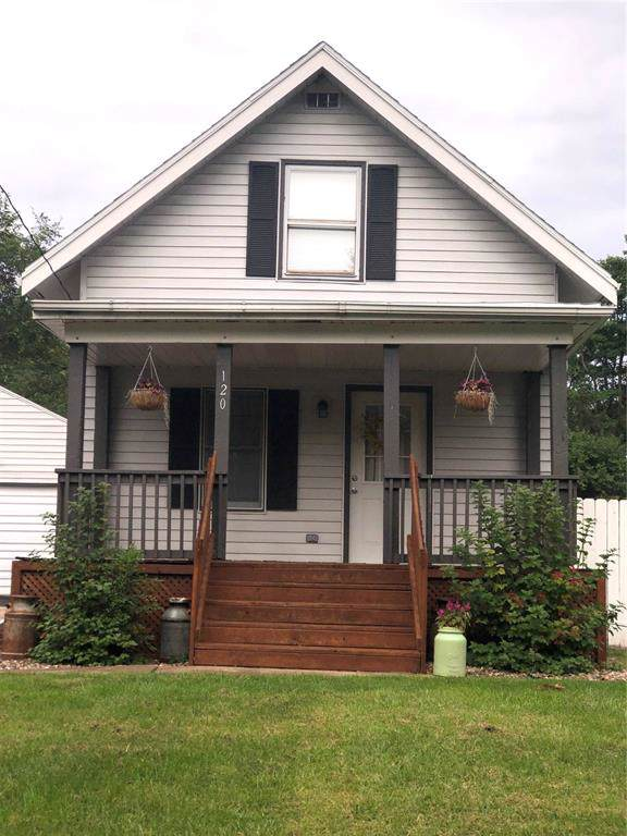 120 Outlook Dr Sw, Cedar Rapids, IA 52404 (MLS #1906923) :: The Graf Home Selling Team
