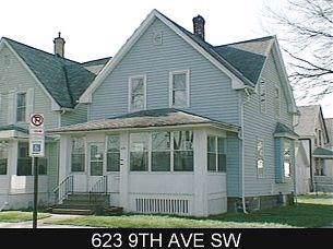 623 9th Avenue SW, Cedar Rapids, IA 52405 (MLS #1907918) :: The Graf Home Selling Team
