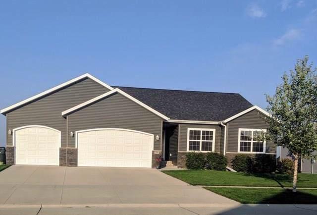2406 Prairie Walk Drive NW, Cedar Rapids, IA 52324 (MLS #1908410) :: The Graf Home Selling Team