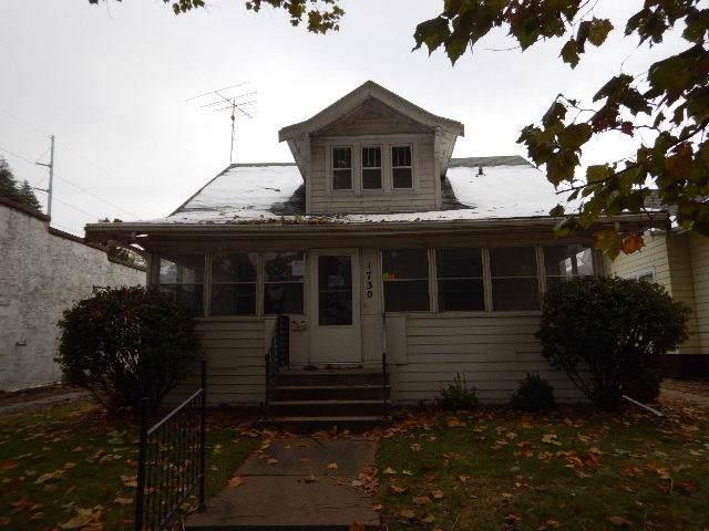 1730 B Avenue NW, Cedar Rapids, IA 52405 (MLS #1908689) :: The Graf Home Selling Team