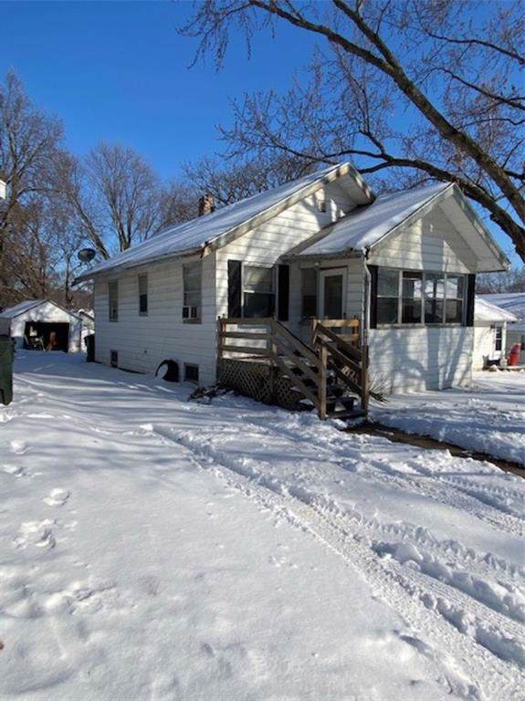 1608 I Avenue NE, Cedar Rapids, IA 52402 (MLS #2000585) :: The Graf Home Selling Team