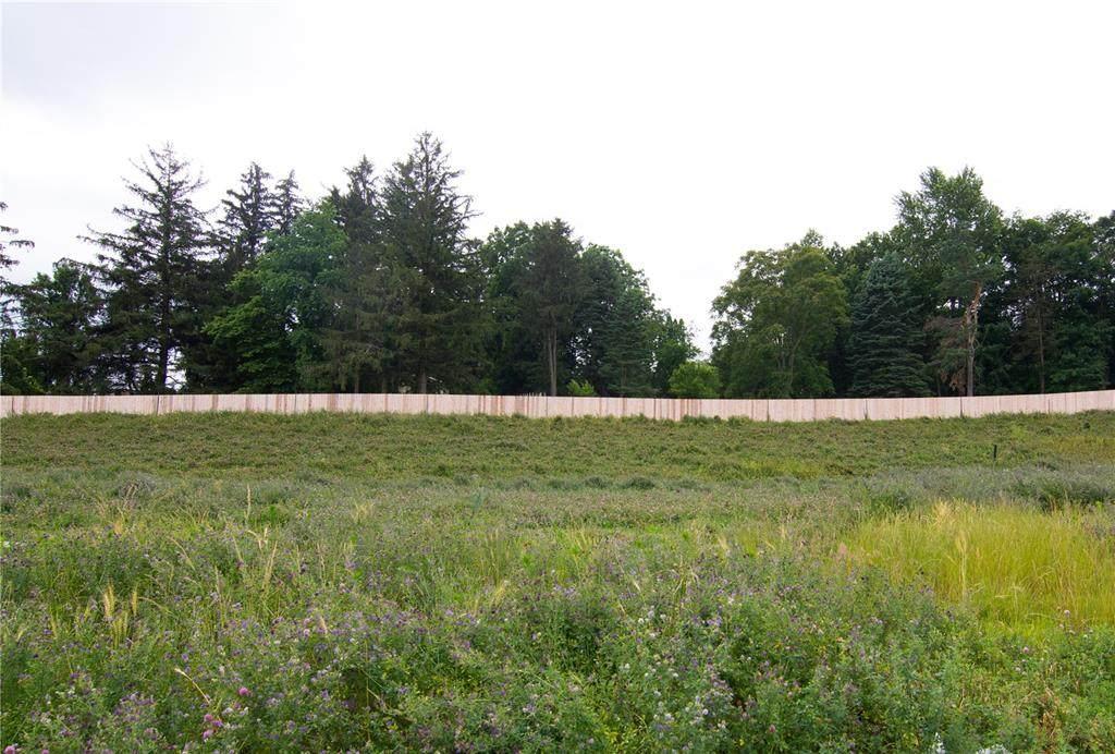 805 Silver Lane - Photo 1