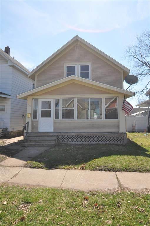 505 B Avenue NW, Cedar Rapids, IA 52405 (MLS #2002502) :: The Graf Home Selling Team
