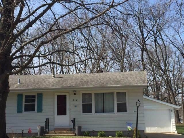 442 18th Street NW, Cedar Rapids, IA 52405 (MLS #2002545) :: The Graf Home Selling Team