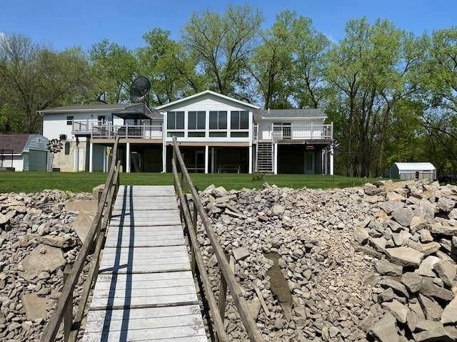 3054 River Front Estate NE, Iowa City, IA 52240 (MLS #2004046) :: The Graf Home Selling Team