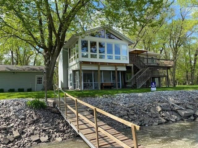3050 River Front Estate NE, Iowa City, IA 52240 (MLS #2004047) :: The Graf Home Selling Team