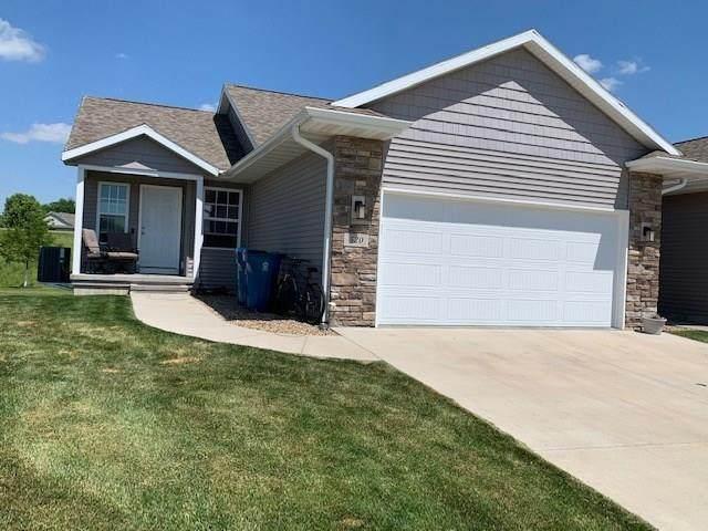520 Meadow Oak Circle, Fairfax, IA 52228 (MLS #2004360) :: The Graf Home Selling Team