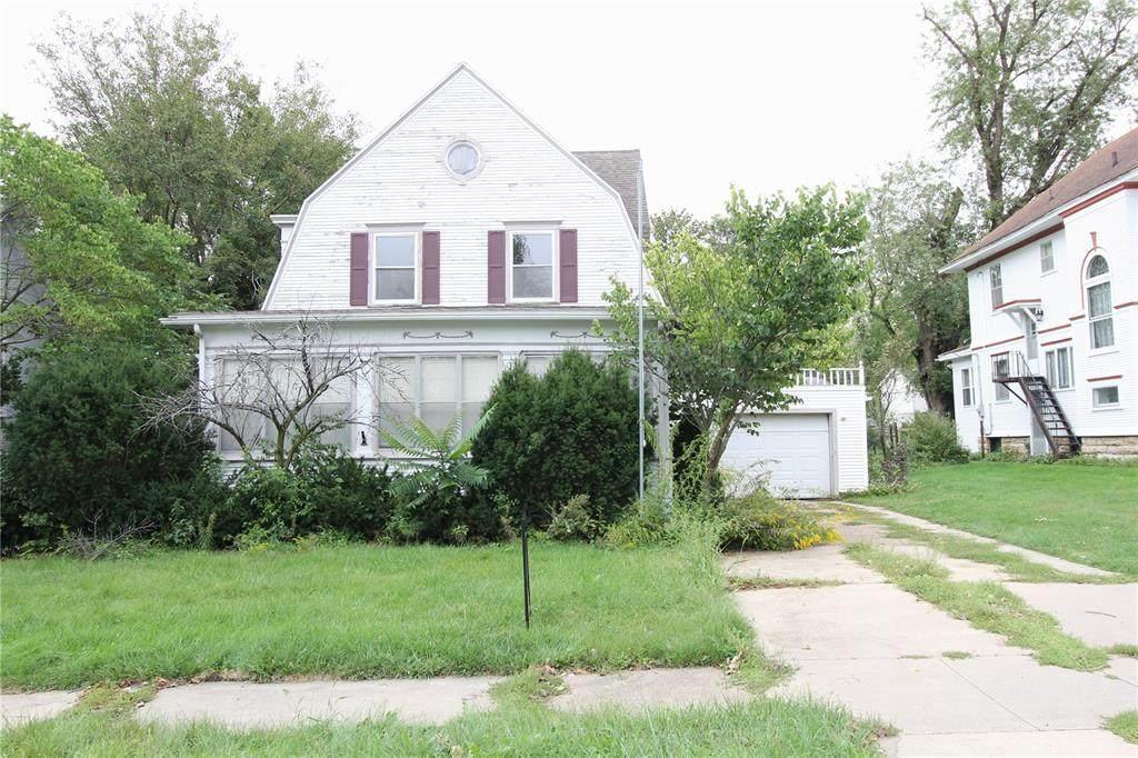 111 Booth Street - Photo 1