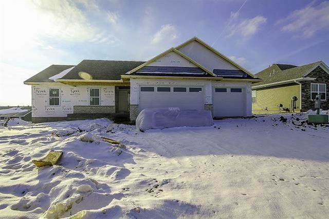 2891 Armstrong Dr, Iowa City, IA 52240 (MLS #2100457) :: Lepic Elite Home Team