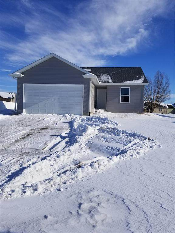 7085 York Avenue, Marion, IA 52302 (MLS #2100468) :: The Graf Home Selling Team