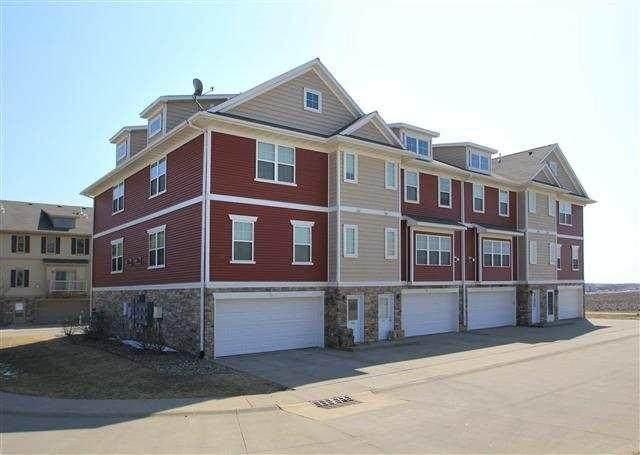 430 Glenmoor Place, North Liberty, IA 52317 (MLS #2102166) :: Lepic Elite Home Team