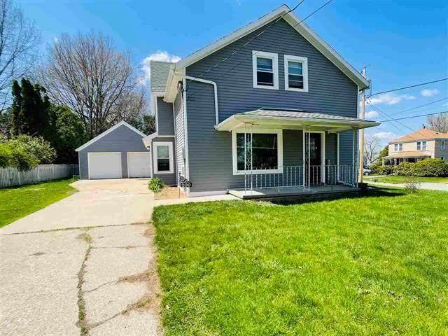 200 Clark Street, Williamsburg, IA 52361 (MLS #2102747) :: The Graf Home Selling Team