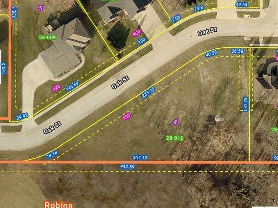 925 Oak Street, Robins, IA 52328 (MLS #2104046) :: The Graf Home Selling Team