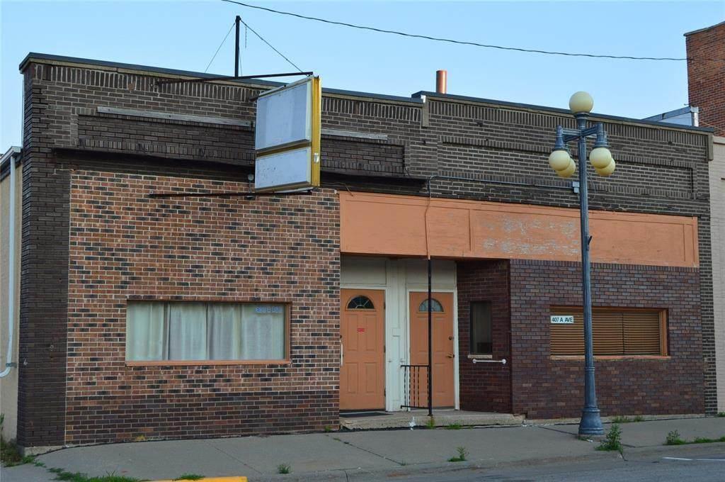 407/409 A Avenue - Photo 1