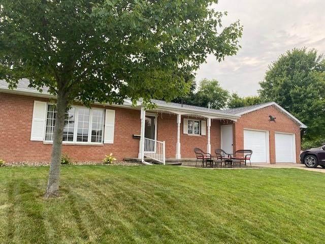 301 Oak Street, Olin, IA 52320 (MLS #2104760) :: The Graf Home Selling Team