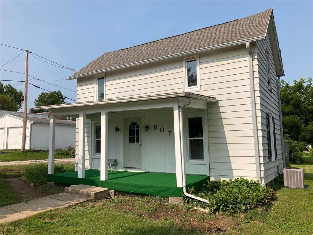 807 3rd Ave - Photo 1
