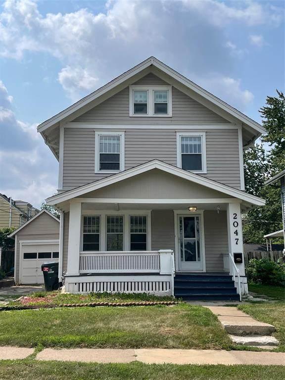 2047 Park Avenue SE, Cedar Rapids, IA 52403 (MLS #2105210) :: The Graf Home Selling Team