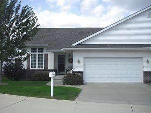 1812 Emmy Lane, Hiawatha, IA 52233 (MLS #2106709) :: The Graf Home Selling Team