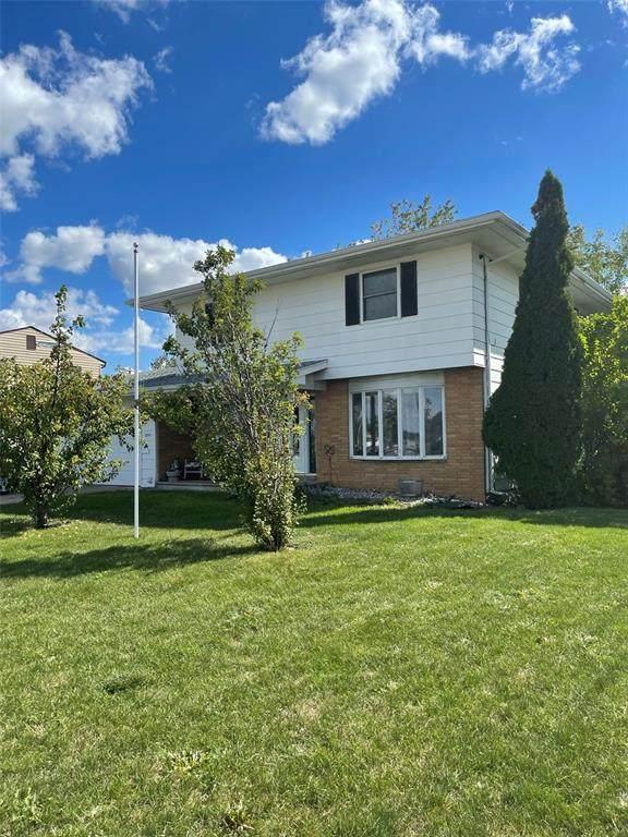 3531 1st Avenue SW, Cedar Rapids, IA 52405 (MLS #2106833) :: The Graf Home Selling Team