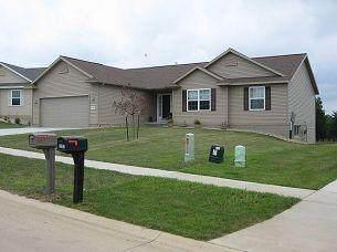 2308 Radcliffe Drive SW, Cedar Rapids, IA 52404 (MLS #2106994) :: The Graf Home Selling Team