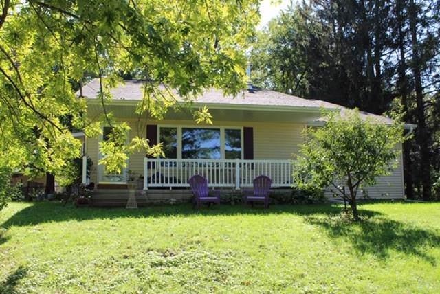 7349 Mt Vernon Road SE, Cedar Rapids, IA 52403 (MLS #1907175) :: The Graf Home Selling Team