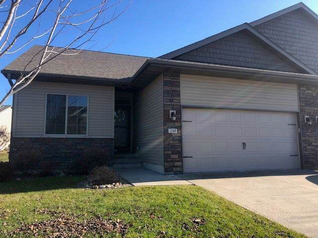 210 S Stewart Street, North Liberty, IA 52317 (MLS #1908152) :: The Graf Home Selling Team