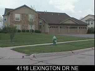 4116 Lexington Drive NE B, Cedar Rapids, IA 52402 (MLS #2101101) :: The Graf Home Selling Team
