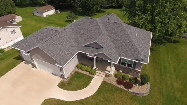 3291 Coral Avenue NE, Solon, IA 52333 (MLS #1904774) :: The Graf Home Selling Team