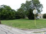 513 E Ave C - Photo 1
