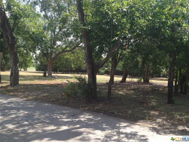 1561 N Heideke, Seguin, TX 78155 (MLS #320293) :: Erin Caraway Group