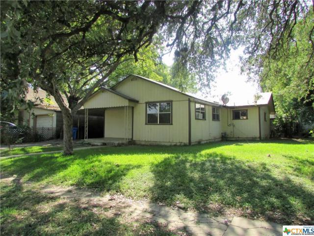 212 S Erkel Avenue, Seguin, TX 78155 (MLS #324417) :: The Suzanne Kuntz Real Estate Team