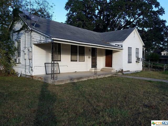 302 E Live Oak Street, Cuero, TX 77954 (MLS #330070) :: Marilyn Joyce | All City Real Estate Ltd.