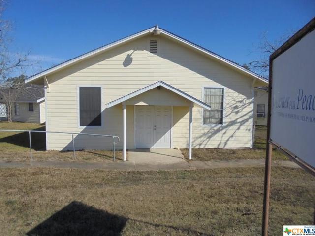 407 S South, Yoakum, TX 77995 (MLS #332927) :: RE/MAX Land & Homes