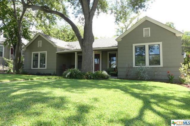 368 S Walnut Avenue, New Braunfels, TX 78130 (MLS #337793) :: Erin Caraway Group