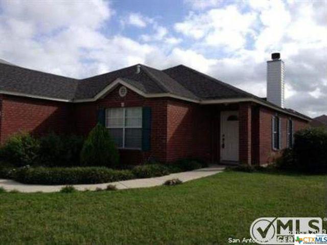 808 Pinehurst, New Braunfels, TX 78130 (MLS #346096) :: Erin Caraway Group