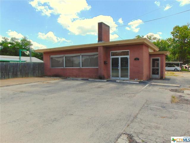 1402 Saint Louis, Gonzales, TX 78629 (MLS #347401) :: Magnolia Realty
