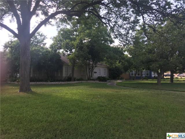912 N Austin, Seguin, TX 78155 (MLS #352021) :: RE/MAX Land & Homes