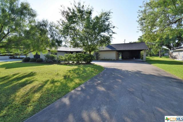 204 Oakglen, Port Lavaca, TX 77979 (MLS #355393) :: Kopecky Group at RE/MAX Land & Homes