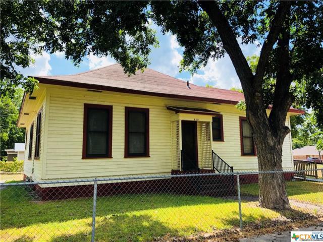 913 N Milam, Seguin, TX 78155 (MLS #357501) :: RE/MAX Land & Homes