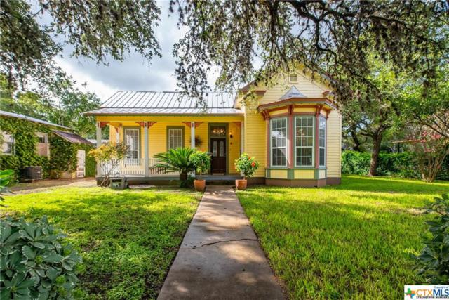 323 W Nolte Street, Seguin, TX 78155 (MLS #360150) :: Berkshire Hathaway HomeServices Don Johnson, REALTORS®