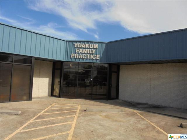 210 Nelson Street, Yoakum, TX 77995 (MLS #362191) :: Kopecky Group at RE/MAX Land & Homes