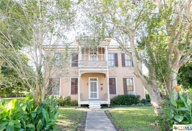 301 E Commercial, Victoria, TX 77901 (MLS #362841) :: RE/MAX Land & Homes