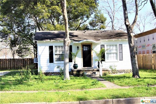 107 Coke, Yoakum, TX 77995 (MLS #366847) :: RE/MAX Land & Homes