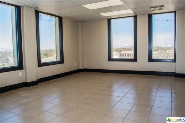 301 N Austin, Seguin, TX 78155 (MLS #367405) :: RE/MAX Land & Homes