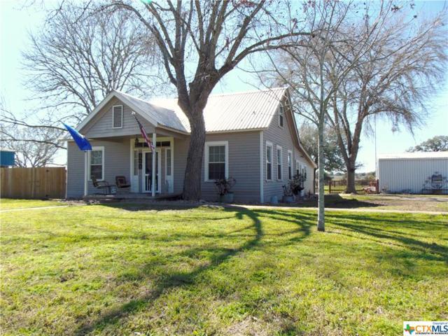 400 S Lancaster, Moulton, TX 77975 (MLS #370131) :: RE/MAX Land & Homes